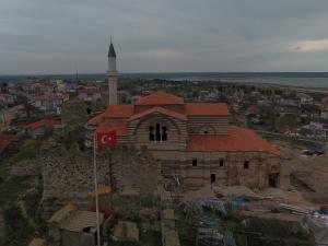 Fatih Sultan Mehmet tarafından camiye çevrilmişti: 55 yıl sonra ibadete açılıyor
