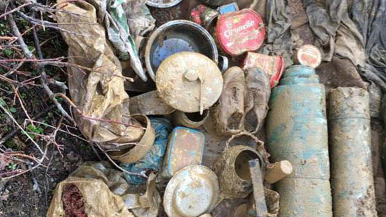 Bitlis'te PKK'lı teröristlere ait malzemeler imha edildi