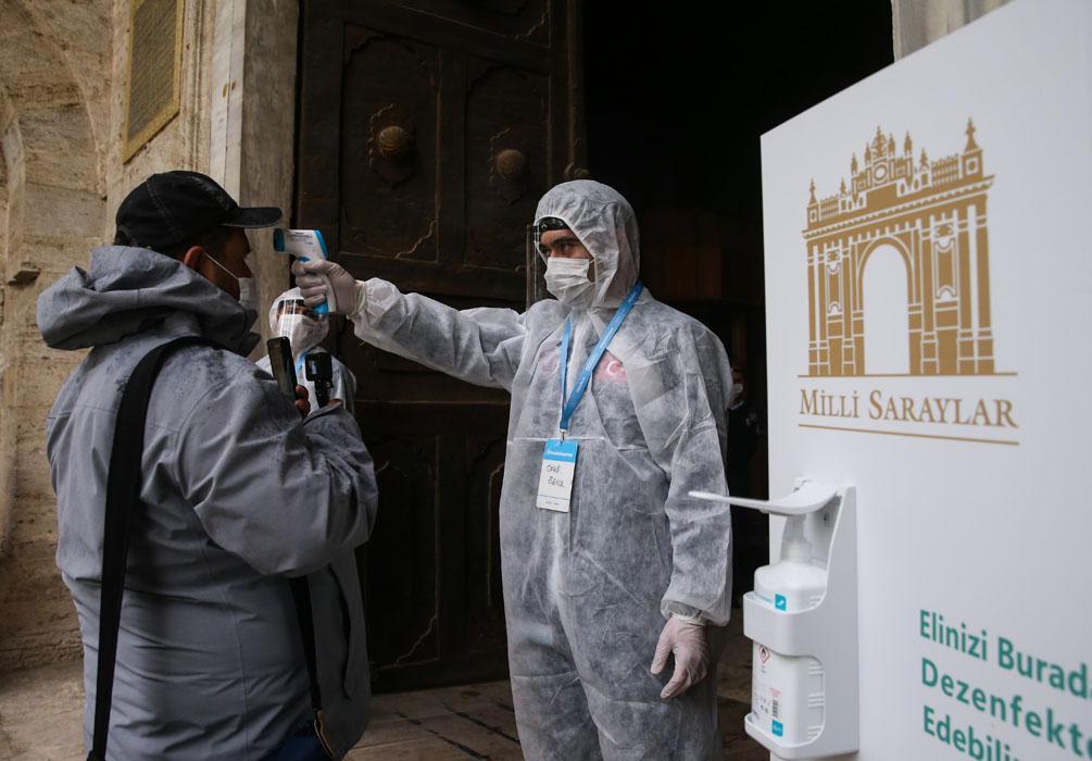 Topkapı Sarayı, 75 günün ardından ziyarete açıldı