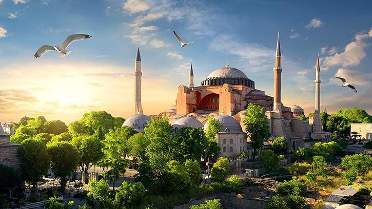 İstanbul'un Tarihteki İsimlerini Biliyor musunuz? Konstantinapolis mi İstanbul mu? | #GalatıMeşhur