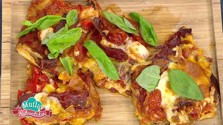 Milföylü Pizza Nasıl Yapılır? Mutlu Kahvaltılar'da Milföylü Pizza Tarifi