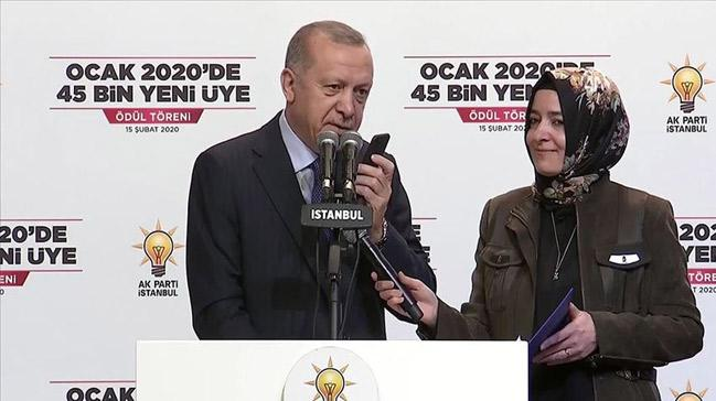 Başkan Erdoğan'dan canlı yayında AK Parti üyelerine sürpriz telefon