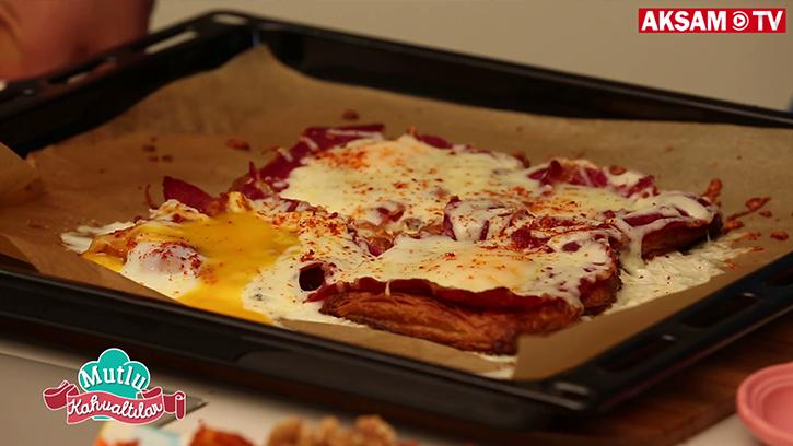 Pastırmalı Yumurtalı Milföy Nasıl Yapılır?