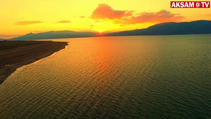 Günün Her Saati Renk Değiştiren Göl: Eğirdir | #Gökyüzünden