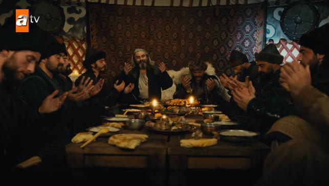 Kuruluş Osman'da Peygamber Efendimize naat sahnesi geceye damgasını vurdu