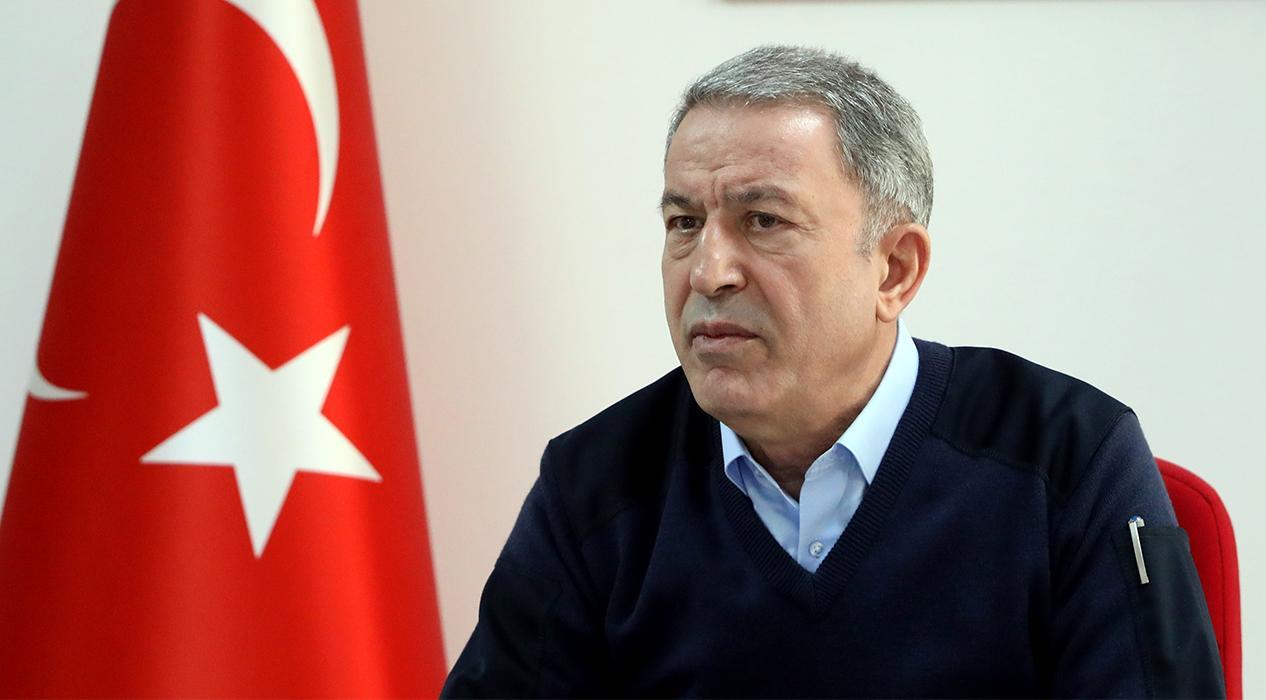 Bakan Akar'dan son dakika açıklaması: 200'ü aşkın rejim hedefi ağır ateş altına alındı