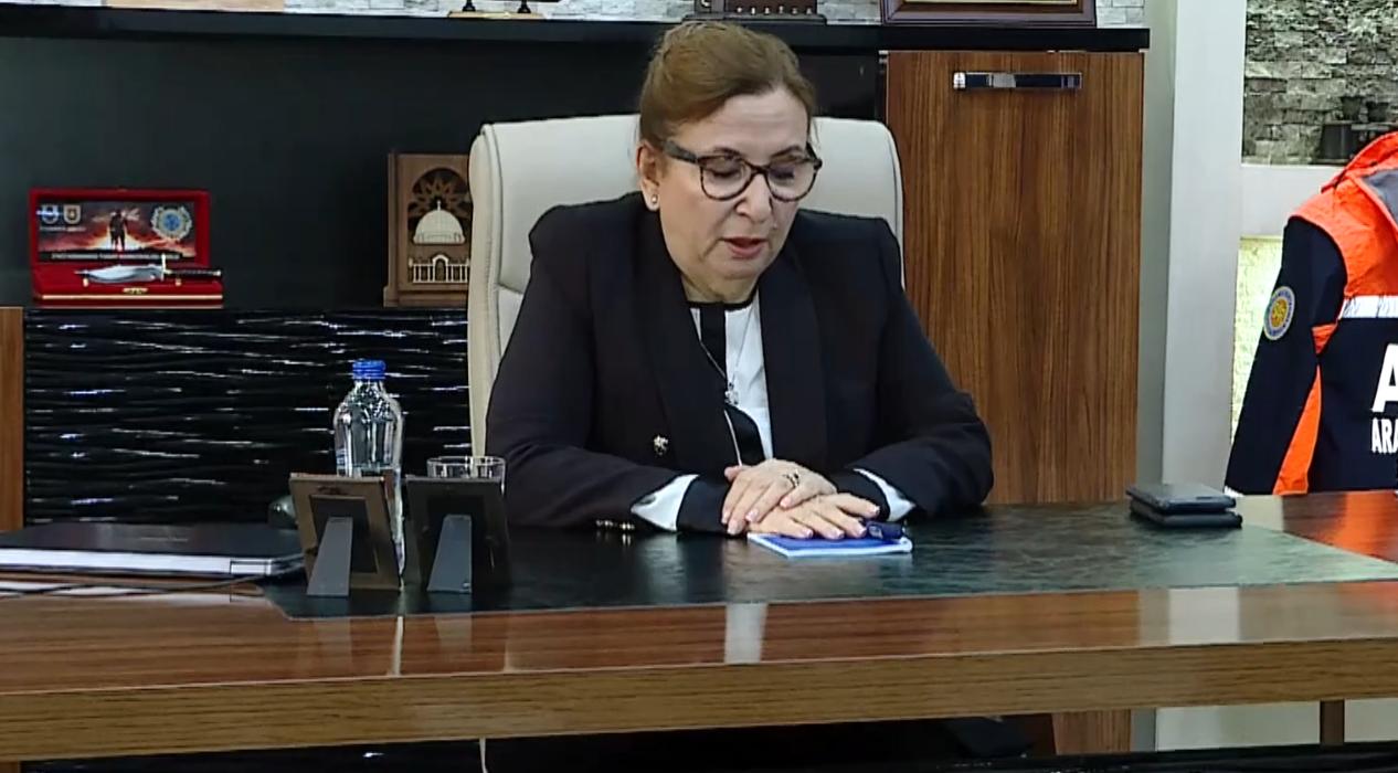 Ticaret Bakanı Ruhsar Pekcan, yaralı askerleri ziyaret etti