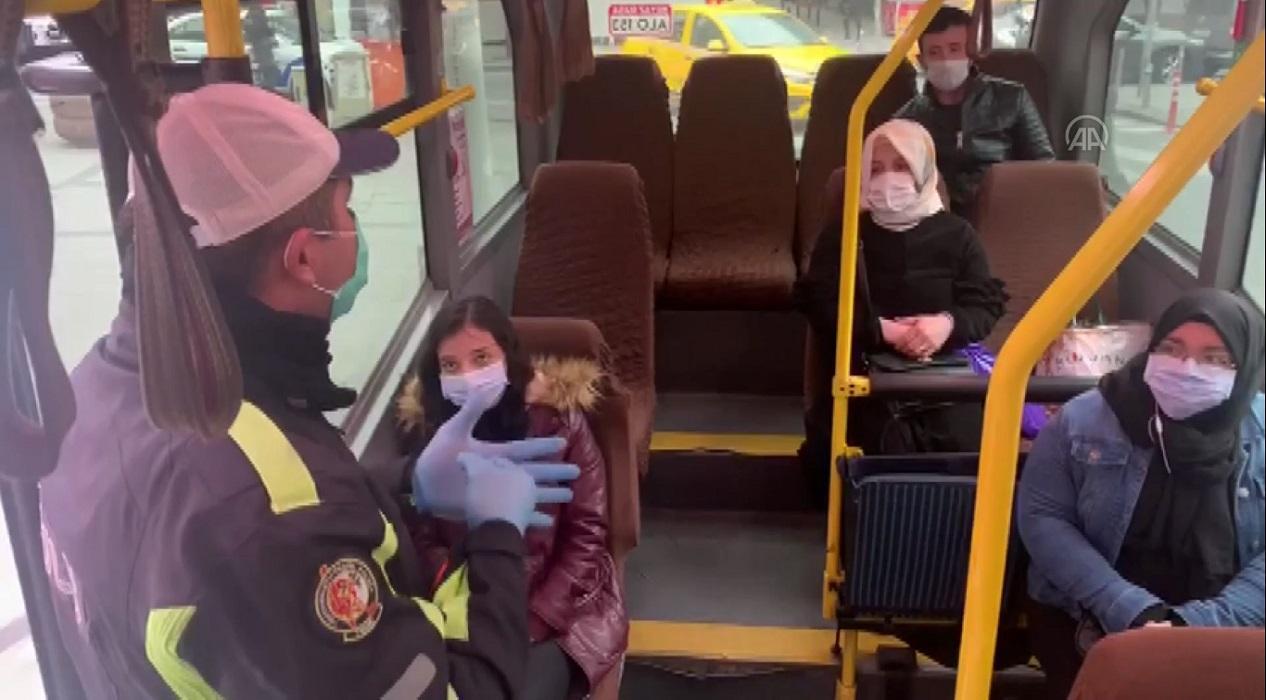 Polisten yolcu minibüslerinde koronavirüs denetimi