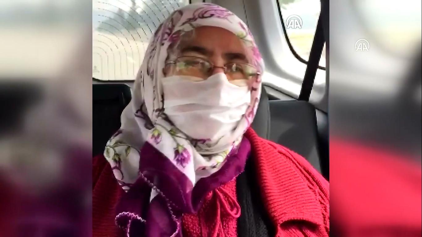 Reçete yazdırması gereken 65  yaşındaki kadını 'Vefa ekibi' hastaneye ulaştırdı