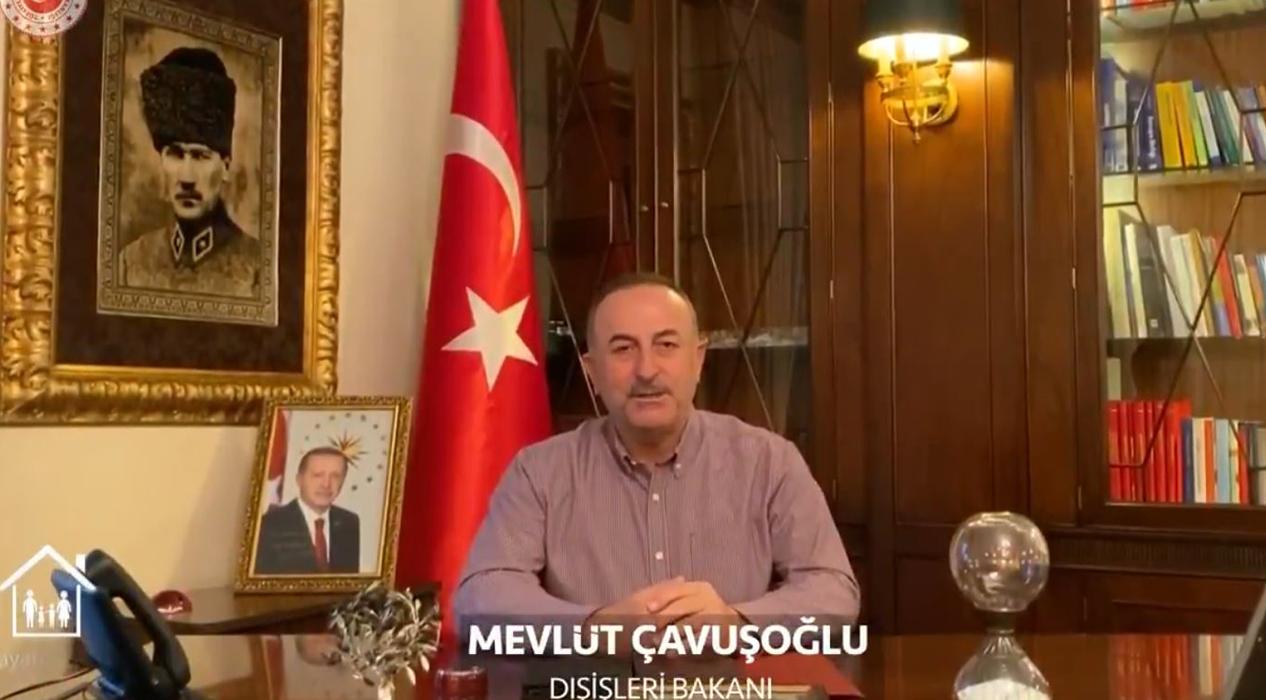 Bakan Çavuşoğlu: Memleket hasretine son vermek için evde kal!