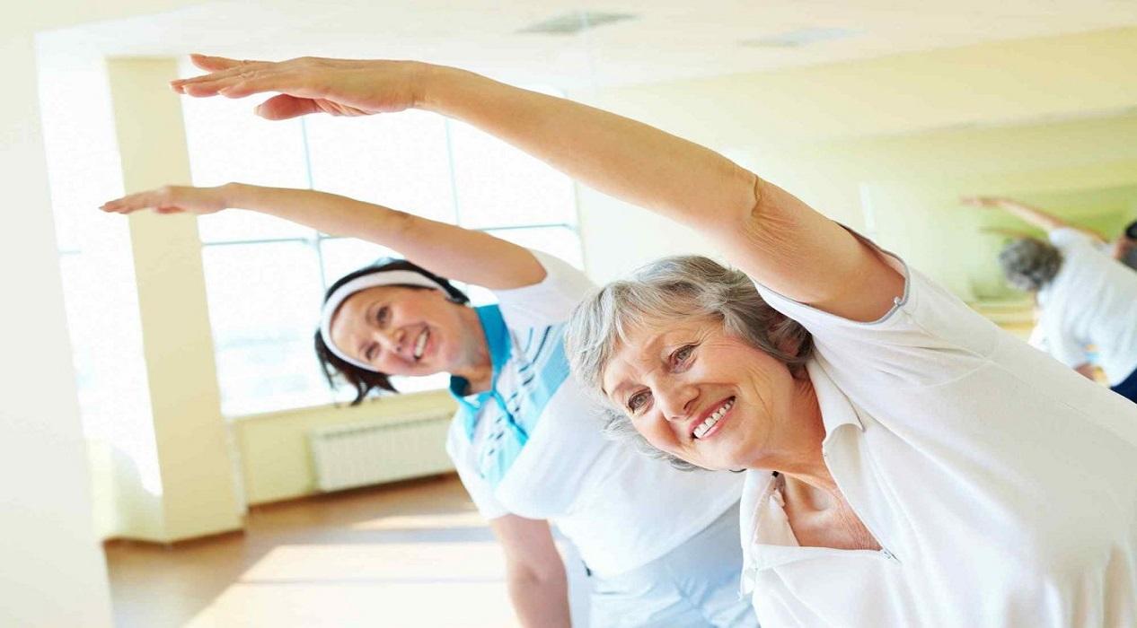 Uzmanından 65 yaş üstü yaşlılara evde egzersiz önerileri