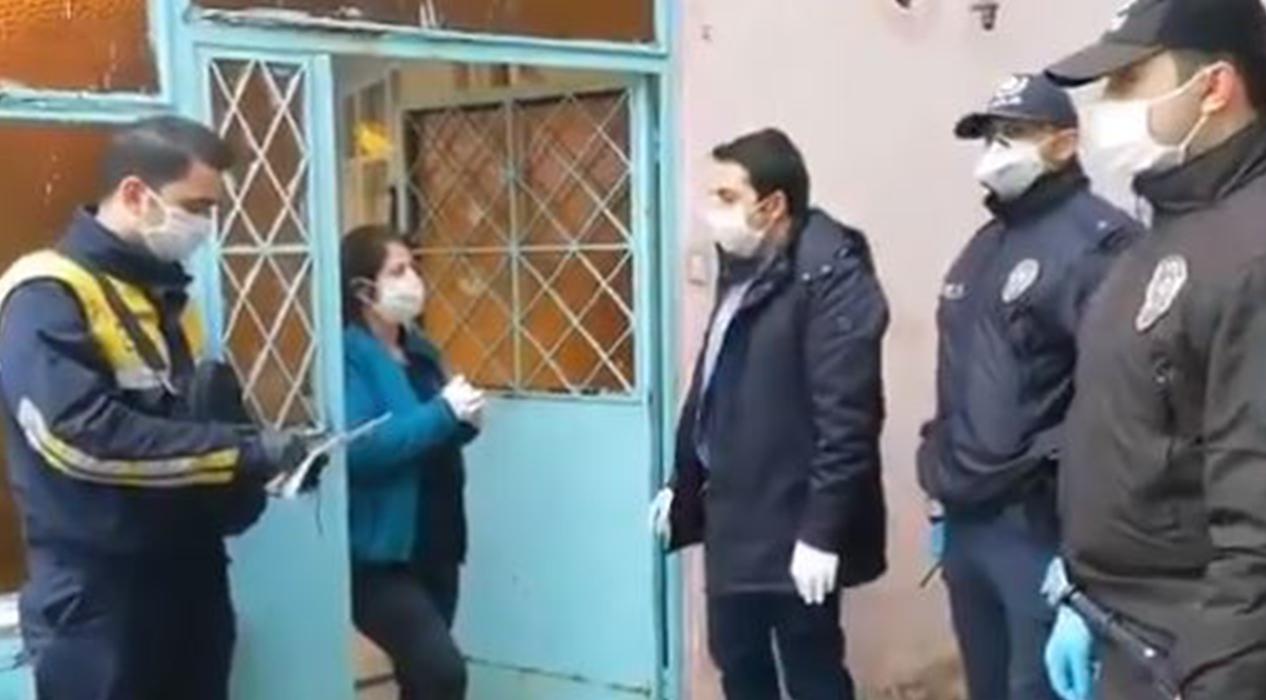 Vali Yerlikaya: 1000 Liralık sosyal yardım ailelerimize evlerinde teslim edilmeye başlandı