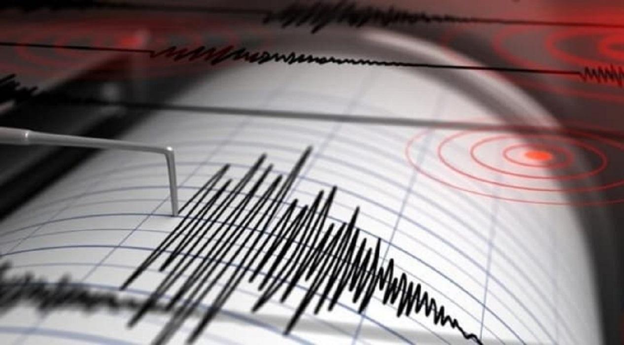 Van'daki deprem kameraya böyle yansıdı!