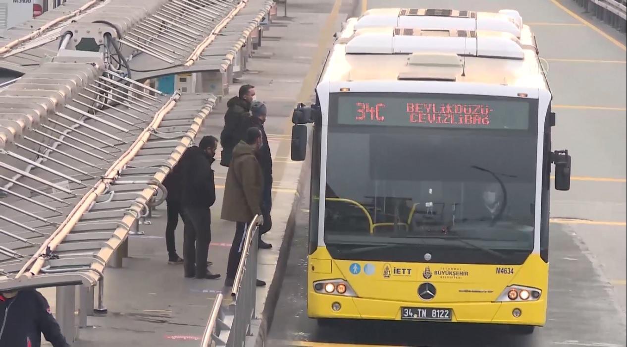 O kişiler toplu taşıma araçlarına alınmıyor!