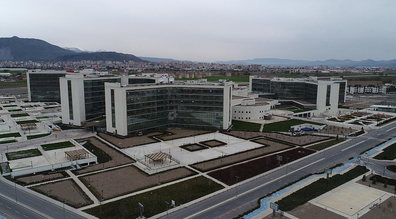 Korona ile mücadelenin önemli merkezi Kayseri Şehir Hastanesi