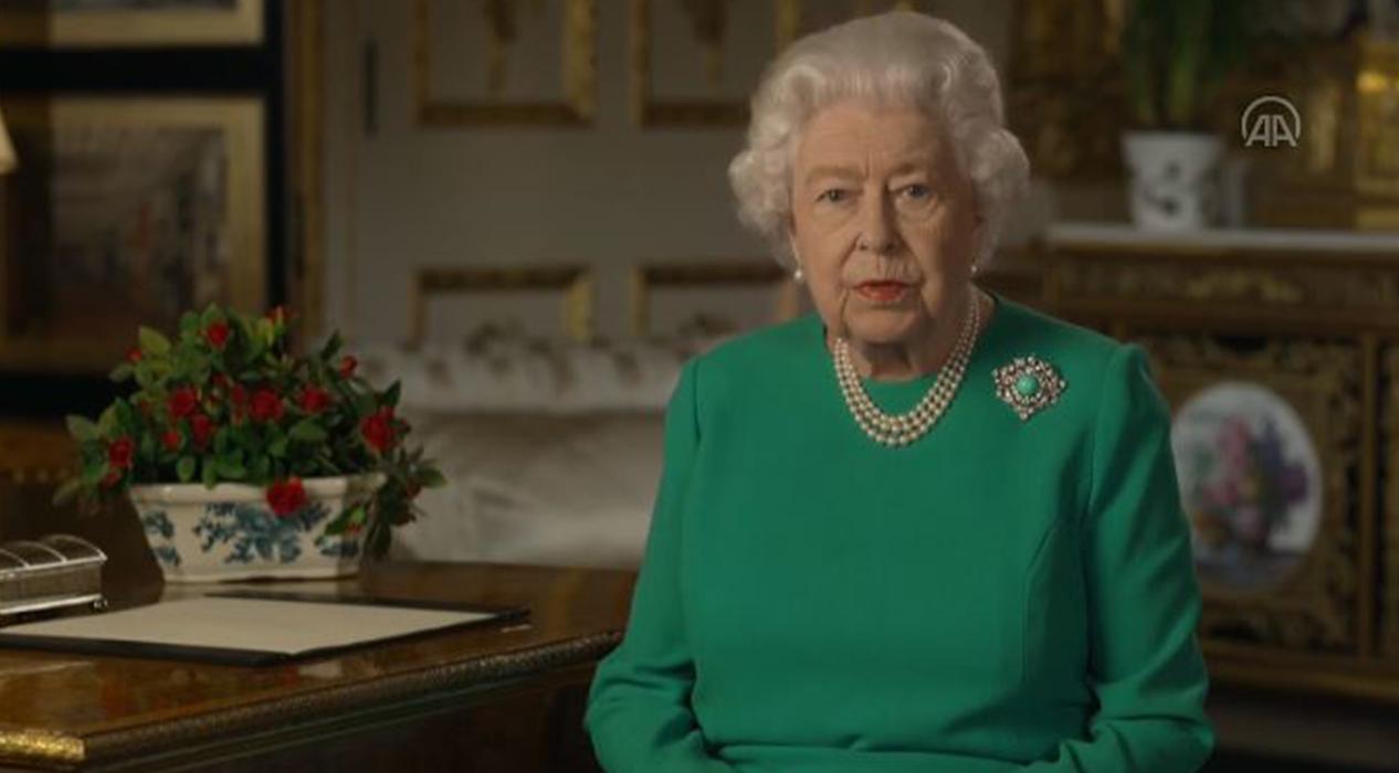 Kraliçe 2. Elizabeth, İngiliz halkına seslendi...