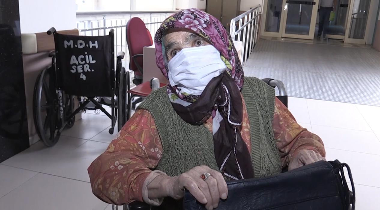 Oğlu covid-19 dan ölen 83 yaşındaki akciğer hastası kadın koronayı yendi