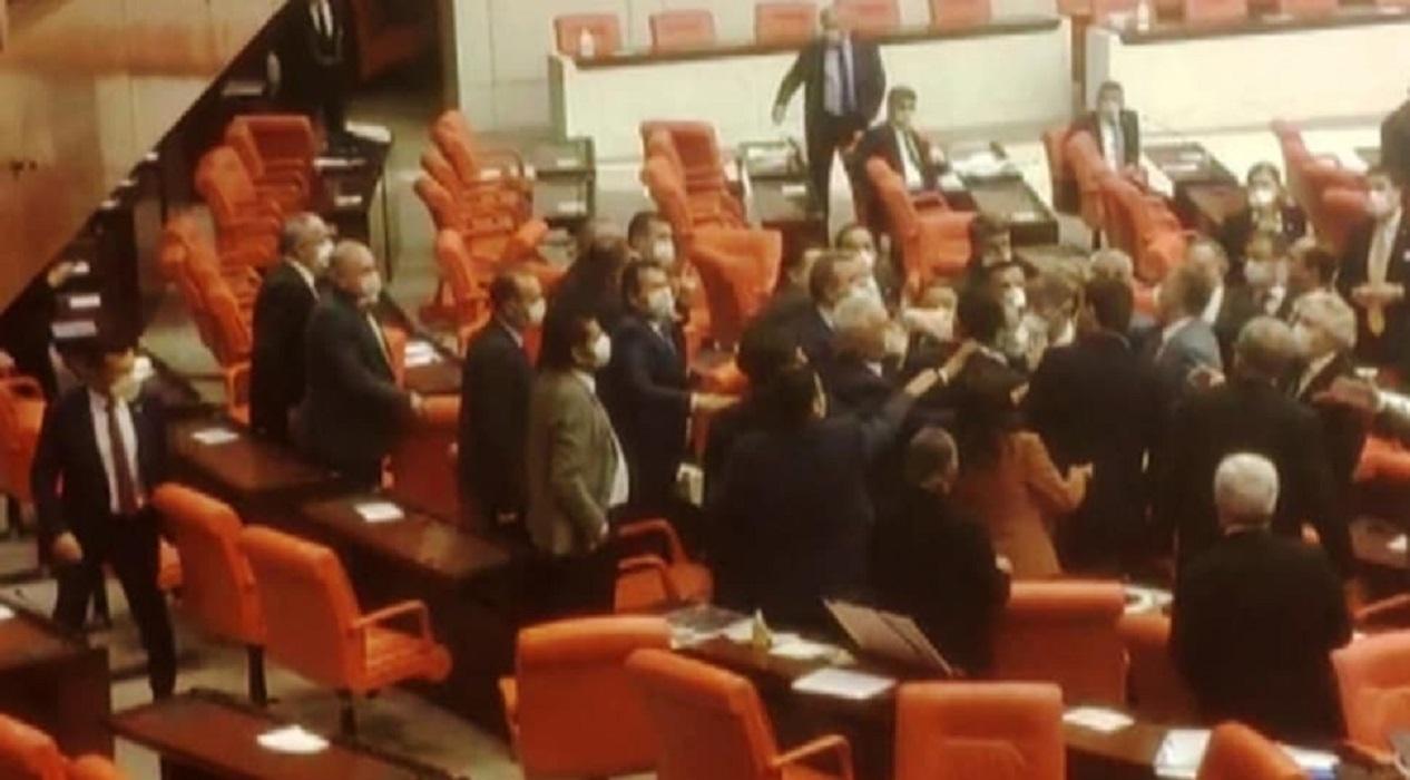 TBMM'de MHP ve HDP'li milletvekilleri arasında gerginlik!