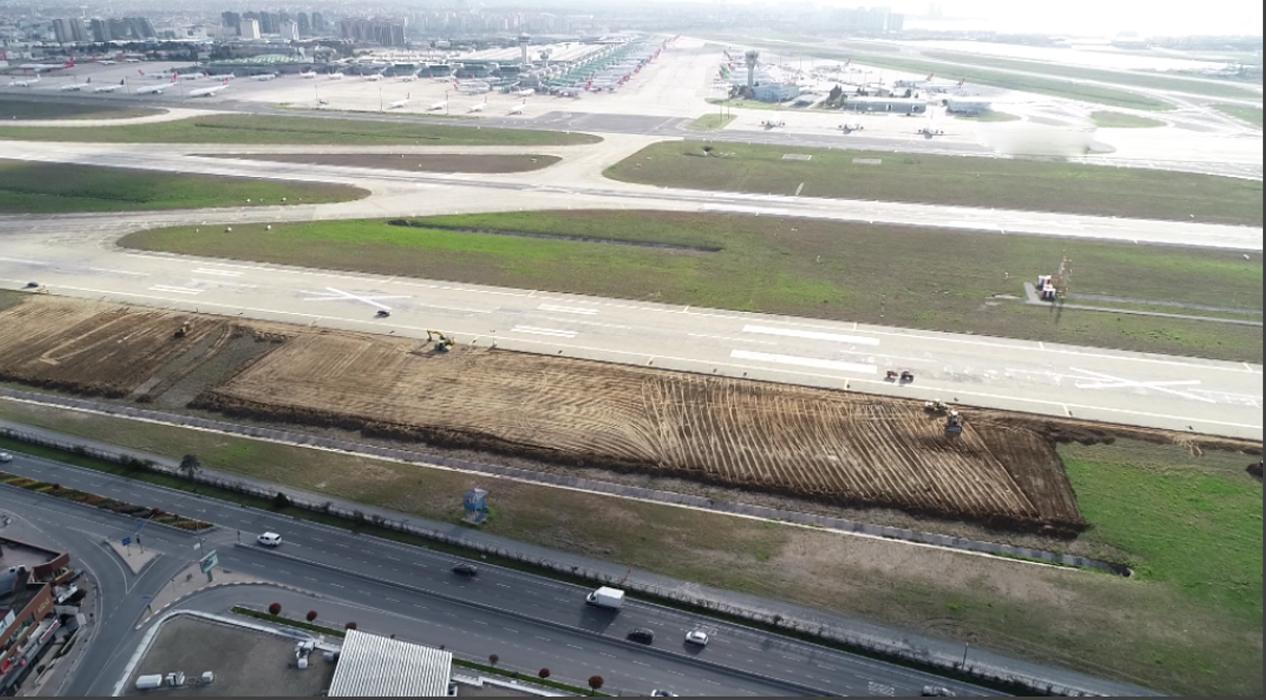 İstanbul Atatürk Havalimanı'nın içindeki çalışmalar havadan görüntülendi