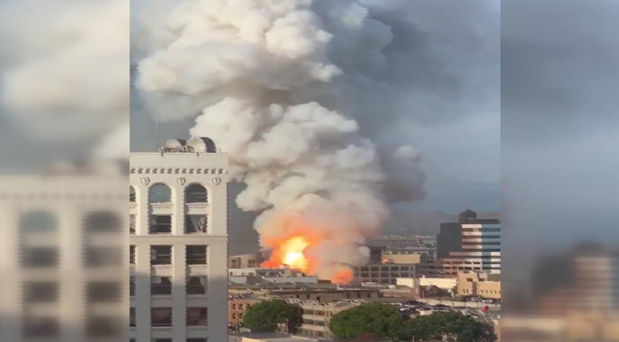 Los Angeles'ta yangın çıkan binada patlama meydana geldi
