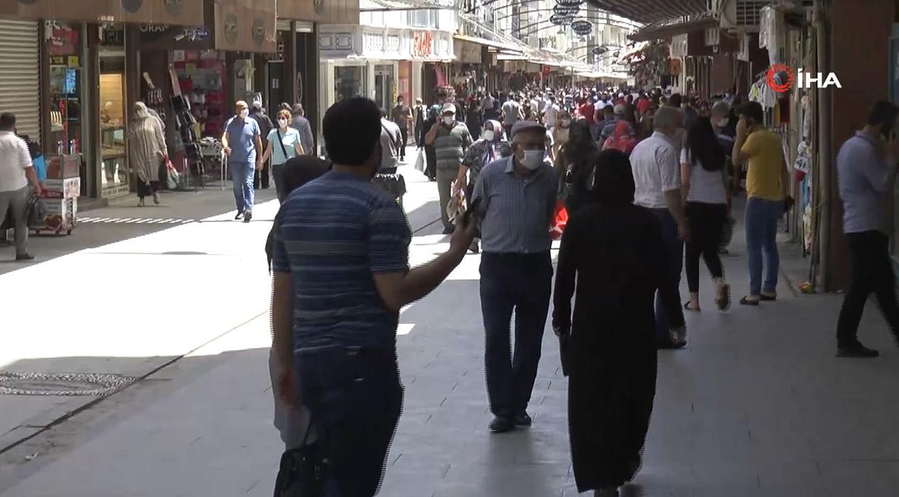 Gaziantep'te bayram öncesi yoğunluk yaşanıyor