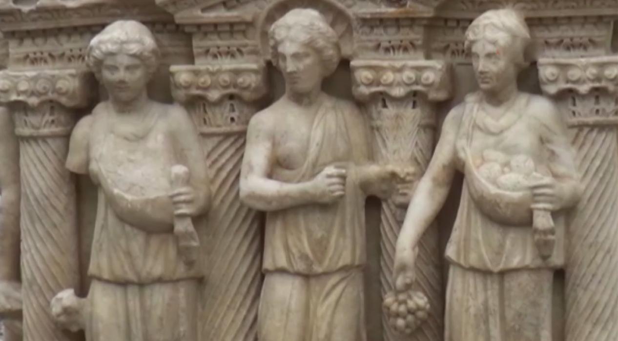 Roma dönemine ait lahitin sırrı çözüldü...