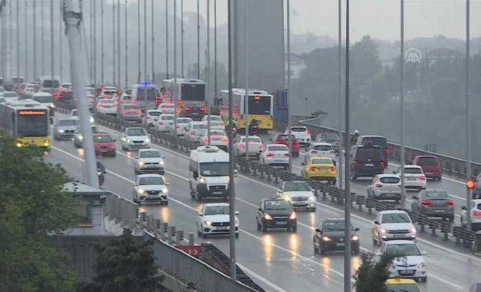 İstanbul'da yoğun trafik!