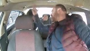 Beyoğlu'nda taksici dehşeti kameraya yansıdı