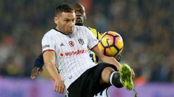 Beşiktaş, başarılı stoperi Dusko Tosic'in sözleşmesinin 2 yıl daha uzatıldığını KAP'a bildirdi.