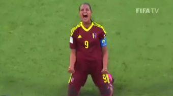 FIFA Kad�nlar U17 D�nya Kupas�nda, Venezuela formas� giyen Deyna Castellanos, 90+4�te santradan att