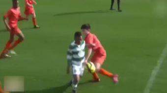 Celtic alt yap�s�nda forma giyen 13 ya��ndaki gen� futbolcu Dembele, U20 ma��nda sonradan oyuna gire