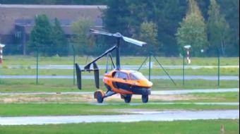 Seri Üretime Geçilen İlk Uçan Araba Tanıtıldı