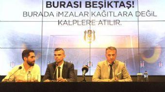 Beşiktaş Kulübü, yeni transferi dünyaca ünlü yıldız Pepe için Vodafone Park'ta imza töreni düzenledi