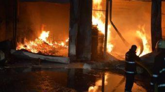 Ankara'da 4 katlı binanın birinci katında yangın meydana geldi. Yangında, 6 aylık hamile kadın, 1.5