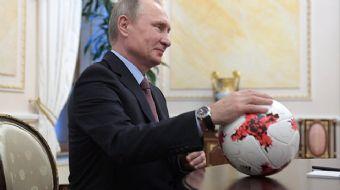 Rusya Devlet Başkanı Vladimir Putin, 2018 FIFA Dünya Kupası´na 100 gün kalması dolayısıyla yayınlana