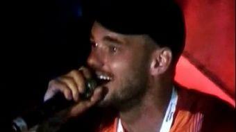 Sneijder'den 'Fener ağlama' göndermesi