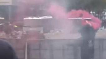 Feyenoord'un Excelsior'a 3-0 yenilip, Ajax'la olan puan farkını 1'e indirerek şampiyonluğu son hafta