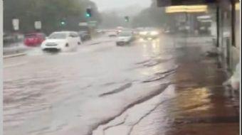 Avustralya'yı Bu Kez de Sel ve Fırtına Vurdu
