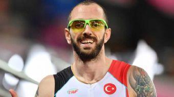 Ramil Guliyev, Dünya Atletizm Şampiyonası erkekler 200 metre finalinde 20.10'luk dereceyle altın mad