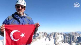 Bursal� iki da�c�, Alpler'deki Grandes Jorasses Da��'n�n en zorlu zirvelerinden 4 bin 208 metre y�ks
