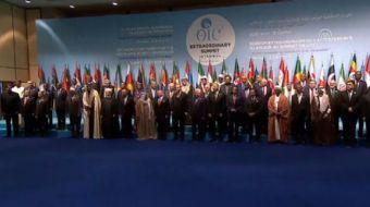 Olağanüstü İslam Zirvesi Konferansı aile fotoğrafının çektirilmesiyle başladı.