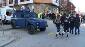 Bahçelievler'de şüpheli bi araç polisi alarma geçirdi. Olay yerine çok sayıda polis ekibi geldi. Çe