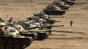 Türk askeri konvoyu İdlib'de 6. gözlem noktası oluşturmak için İdlib'in güneyindeki El Sirman köyüne