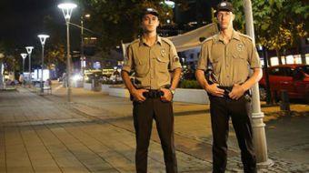 Geceleri İstanbul'un mahallelerinde nöbet tutacak 386 bekçi ilk düdüklerini çaldı.