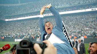 Beşiktaş Yönetimi, başarılı teknik adamın 1.5 milyon euro olan yıllık ücretini 2.5 milyon euroya yük