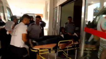 �anl�urfa�da �nceden aralar�nda husumet bulunan akraba iki grup aras�nda ��kan kavgada 2 ki�i yarala