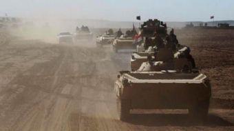 Irak güçlerini yolda karşılayan Kerküklüler, sevinç yaşadı. Irak Ordusu Kerkük'e operasyon başlattı