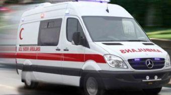 Konya´da aynı yöne giden TIR´a arkadan çarpan otomobildeki 3´ü ağır, 4 kişi yaralandı.