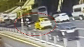 E-5 Otoyolu'nda seyir halinde giderken kavgaya tutuşan motosiklet sürücüsü ile ticari taksi sürücüsü