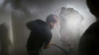 Suriye'nin kuzeyindeki Halep'te rejim g��lerinin ku�atmas� alt�ndaki b�lgelere y�nelik hava sald�r�l
